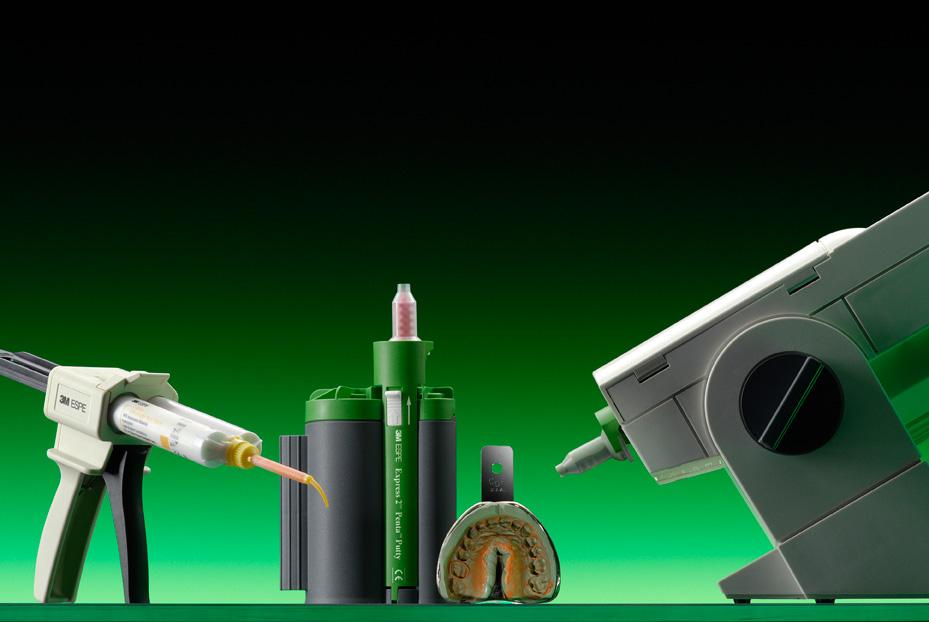 С помощью аппарата Pentamix™ 2 Вы можете смешивать как полиэфирные материалы, так и А-силиконовые, в том числе очень высокой вязкости.